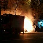Contenedores quemados cerca de Sagrada Familia #barcelona http://t.co/BOVYAV1yby