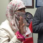 Zunera Ishaq, the woman at the centre of the niqab controversy, has just become a Canadian citizen. http://t.co/jfHSbgEfIB