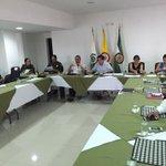 Alc @FredysSocarrasR y @CristoBustos realizan seguimiento a obras d instalación cámaras d seguridad en @TuValledupar http://t.co/7JnCOFDRnH