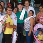 Hicimos puerta a puerta en barrios Fundadores, El Bosque y La Frontera de Pailitas con el candidato Carlos J Toro. http://t.co/ISNivrHtVB