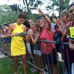 Grace Park signing autographs, Sunset on the Beach premiere, #Waikiki #h50 #H50Friday http://t.co/T7l9MG8pfk