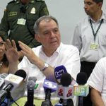 En Valledupar @PGN_COL Alejandro Ordoñez sigue objetando el proceso de paz con la FARC. http://t.co/og3FRqg2b8 http://t.co/awahTMGgWS