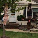 Too much? Neighbors say Halloween display crosses line http://t.co/ze7GrdPbY7 http://t.co/rkSAoZJ0Bi