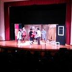 Alumnos de la @UTalca presentan el clásico teatral #LaNegraEster bajo la dirección de Juan Carlos Nanjarí http://t.co/lJaE7b4eGj