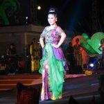Malam ini... Banyuwangi Batik Festival 2015... ayo ke taman blambangan Gratis... ada pameran UMKM juga lho... http://t.co/zlTgs8WQlt