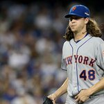 .@JdeGrom19 allows a couple of singles but strands both runners. He is really throwing GAS! He has 8 strikeouts. #LGM http://t.co/GqFXwaBJv4