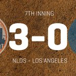 David Wright knocks a 2-run single up the middle! Mets lead 3-0 in the 7th. http://t.co/Qv26v0LJAH