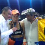 Liliana Palmera ganó al noquear en el sexto asalto a la dominicana Liliana Martínez #GrandeTigresa http://t.co/HAonke55m6