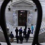 Profesionales juntan firmas contra cambios en el Fondo de Solidaridad http://t.co/TyRMjmkQRx http://t.co/gRoU4jwhyK