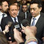 Diritti tv: arrestato Baroni, consulente di Mr.Bee e Infront http://t.co/TcDYvqhoH4 http://t.co/NEVhH3UOFg