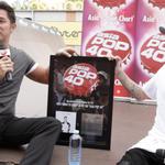 Novas fotos do Justin durante entrevista ao Asia Pop 40. #EMABiggestFansJustinBieber http://t.co/ZikgOWpADx