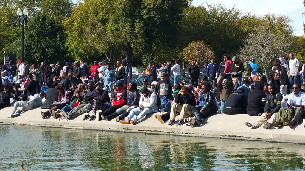 Crowded around the reflection pool! #JusticeOrElse http://t.co/90lvjEVmgA