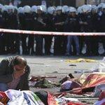 As imagens do duplo atentado em marcha pela paz na Turquia. http://t.co/XRY0kMGA23 http://t.co/fAjPjsBQa7