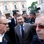 Libero:Clamoroso..Marino annulla intervista da Fazio e prepara la GIUNTA-BIS contro il PD e RENZI #MovimentOnesti http://t.co/rVAWHtvAZ7