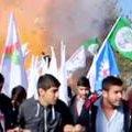 Explosões simultâneas matam 30 em ato pela paz na Turquia http://t.co/iWKgcIkJce #G1 http://t.co/mKGZDNirYn