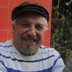 """Pepe Guerra: """" No voy a dejar de cantar nunca"""" http://t.co/9W0cMpqj23 http://t.co/wcdYi6gnqj"""