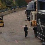 #NEW Louis with Oli inside the arena in Birmingham - 10.10 #OTRABirmingham #EMABiggestFans1D http://t.co/G1y5QEaZ5R