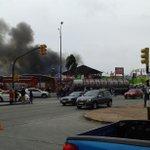@chanchosUY evitar Av Italia y Propios. Incendio y todo trancado. http://t.co/qyKkmeV1Ez