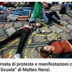 Cortei studenteschi in tutta italia contro la legge 107 di Renzi...e i tg continuano a tacere!! http://t.co/sit71JEHM7