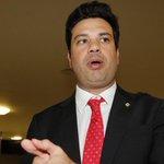 Base e oposição já se articulam para sucessão de Cunha. http://t.co/H7gBZlXRZs http://t.co/dExNn5C9nh