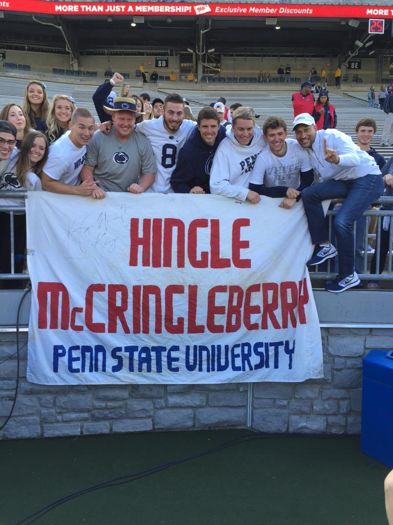 Hingle McCringleberry with his crew. Thanks @KeeganMKey http://t.co/qlAeT4lhwq