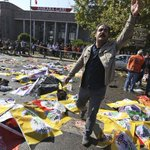 #Turquía: Atentado contra una marcha por la paz en Ankara deja al menos 86 muertos. http://t.co/qGXn1bjM5F http://t.co/Kr3W7WFp3K