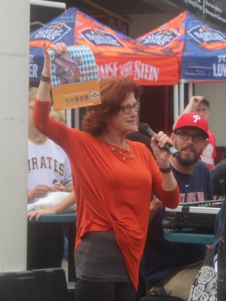 Carol Stoudt announcing our #silvermedal win for our #OktoberFEST in Vienna Style Lagers at the #GABF2015! #celebrate http://t.co/BY6UIdxLLT