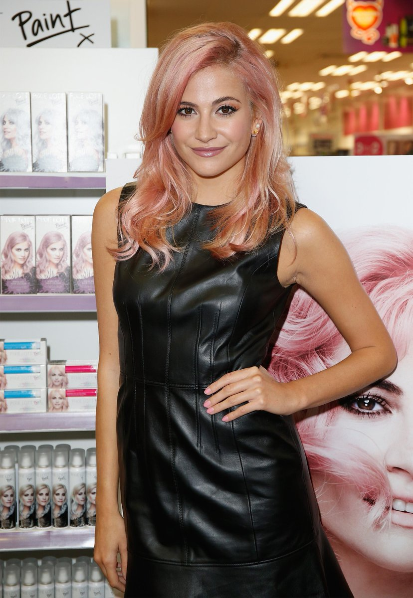 Today @PixieLott paints the town pink! @PixieLottPaint exclusively in @superdrug October 5th! http://t.co/A8j30crrYS