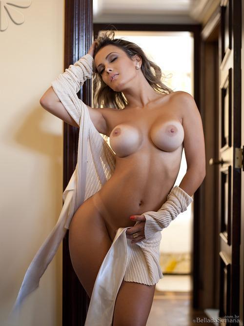 фигуристые голые красотки фото