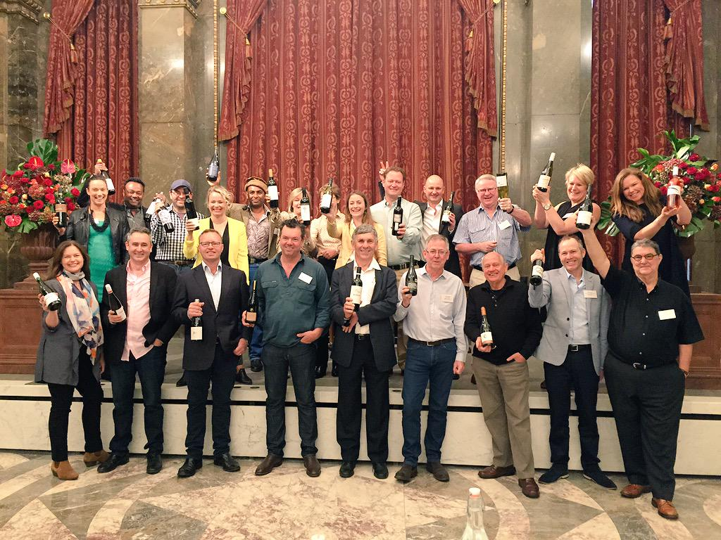 UK: So many Aussies! Meet these guys at #PremiumAus today. #auswineontour http://t.co/Q40S776J7k