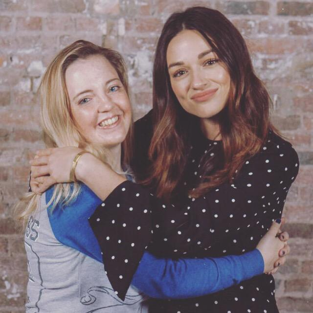 With the beautiful @CrystalmReed at Werewolfcon, thank you for coming to @WereWolfCon and for the hug! ☺️