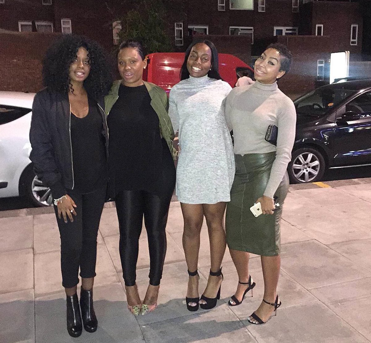 "Clubgoers rejected for being ""too dark"" will protest outside DSTRKT tonight http://t.co/Pj4BgigoE1 via @thevoicenews http://t.co/DynZpYJMDr"