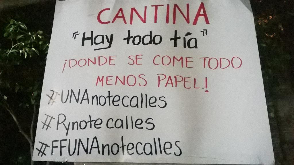 Vigilia en Filosofía UNA. ¡Juventud maravillosa! #UNAnotecalles http://t.co/DUgxM22RCj