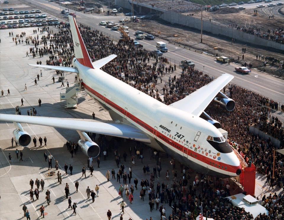 Happy Birthday @boeing #747!  9/30/68 1st #747 rolled out of Everett. Now 1,527th being built. #avgeek http://t.co/ikJ7XVAEXu
