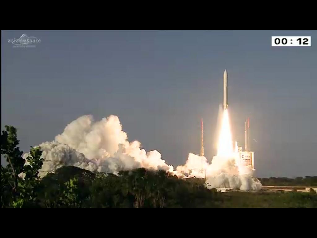 LAUNCH from beautiful evening sky @ Kourou, French Guinea http://t.co/RTm9ANsjEy