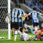 """""""O Grêmio só me decepciona"""" MAS VAI TE DEITAR, JAGUARA! QUEM AMA, SEGUE APOIANDO. NADA MUDA ISSO. SOMOS DE GRÊMIO! http://t.co/Qe663lZ9uR"""