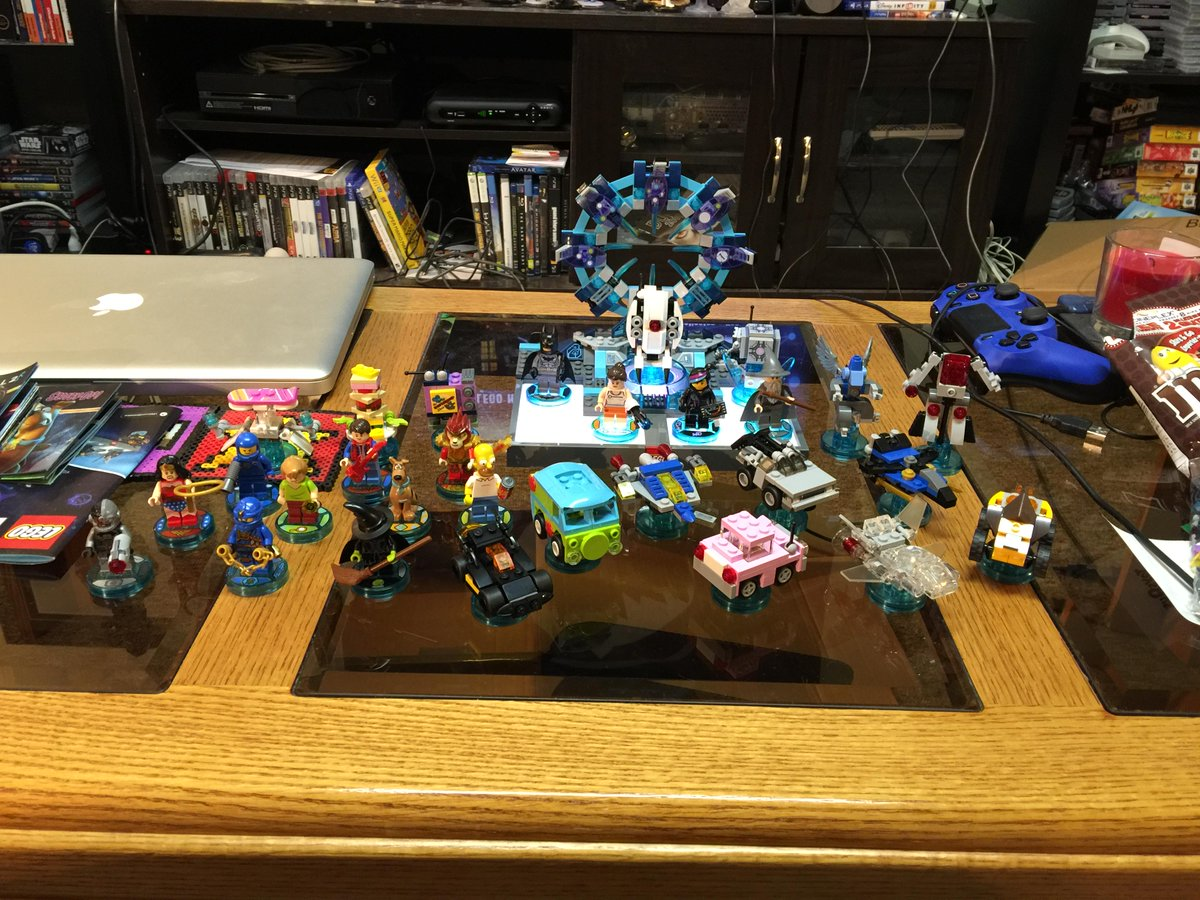 Our @LEGODimensions collection so far. The kids and I are having a blast exploring the mashed-up fun! #BreakTheRules http://t.co/csL40gAiMc