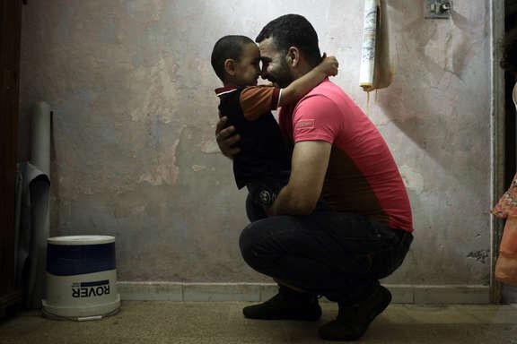 Most Syrian refugees are just too poor to flee to Europe http://t.co/6ut5bw5jpZ http://t.co/tygfgGgLhY