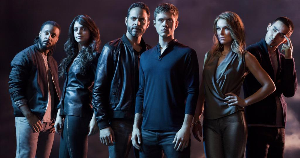 Just got the word, there will be no more #GracelandTV. Thank you to the best cast, crew and fans in television. https://t.co/DylJUIPDx7
