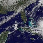 3 essential apps you need in case of a hurricane emergency: http://t.co/U1HsfOdk0f http://t.co/1wkI8PltVS /via @dailydot