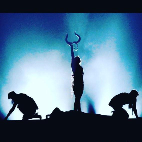 Till We Die ‼️????????????????????????????????????????. ❤️ #rebelhearttour http://t.co/ADhr7iqCPB
