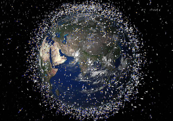 All satellites orbiting the earth right now http://t.co/xolcHEuoi0