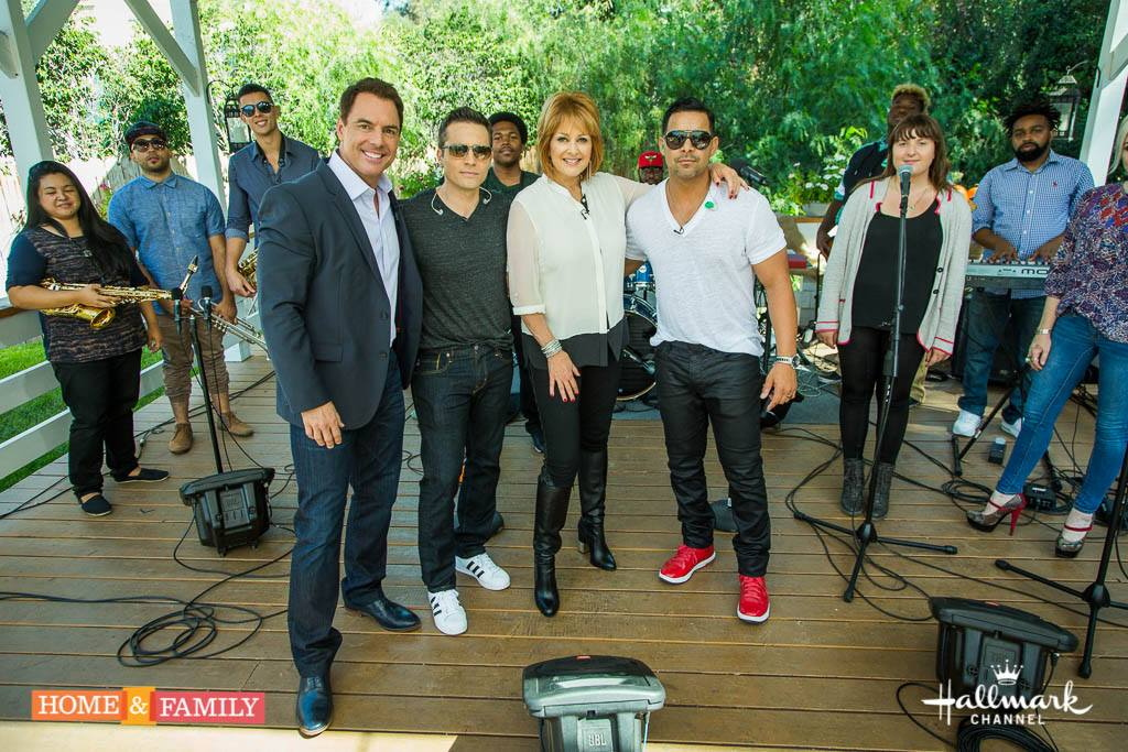 Thx u to @shayjeanmusic  @seamusdever & @Jon_Huertas of @Castle_ABC for performing for us today @HomeandFamilyTV http://t.co/9lAwfszj5X
