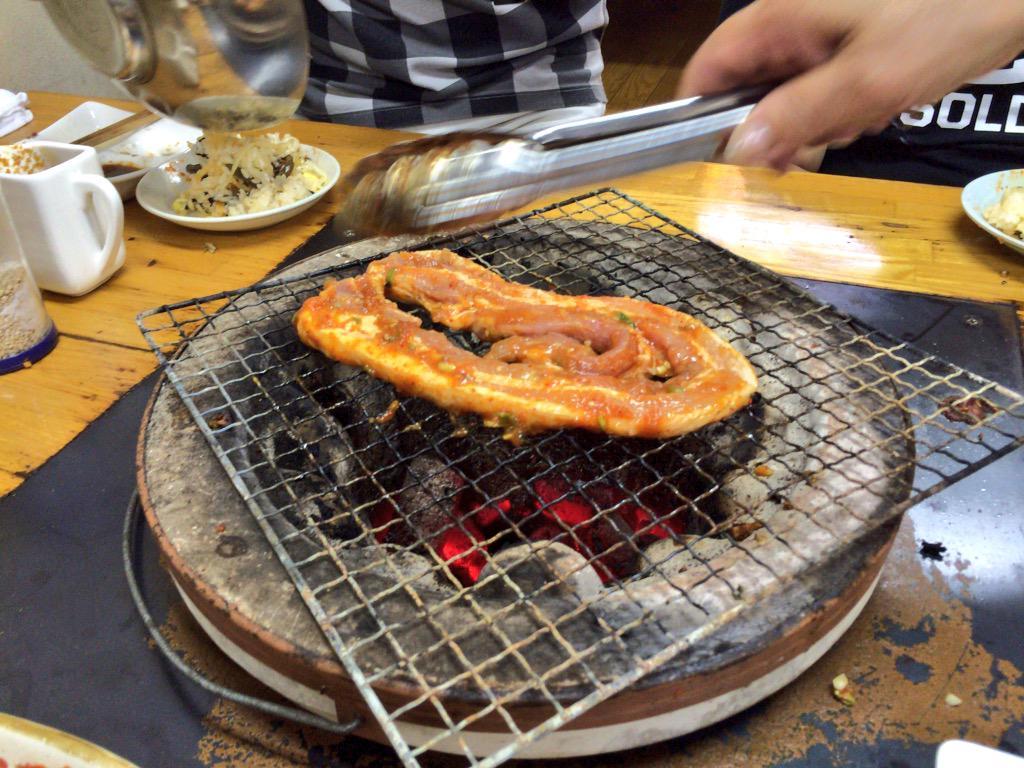 http://twitter.com/kodoku_jouhou/status/649971441987751936/photo/1