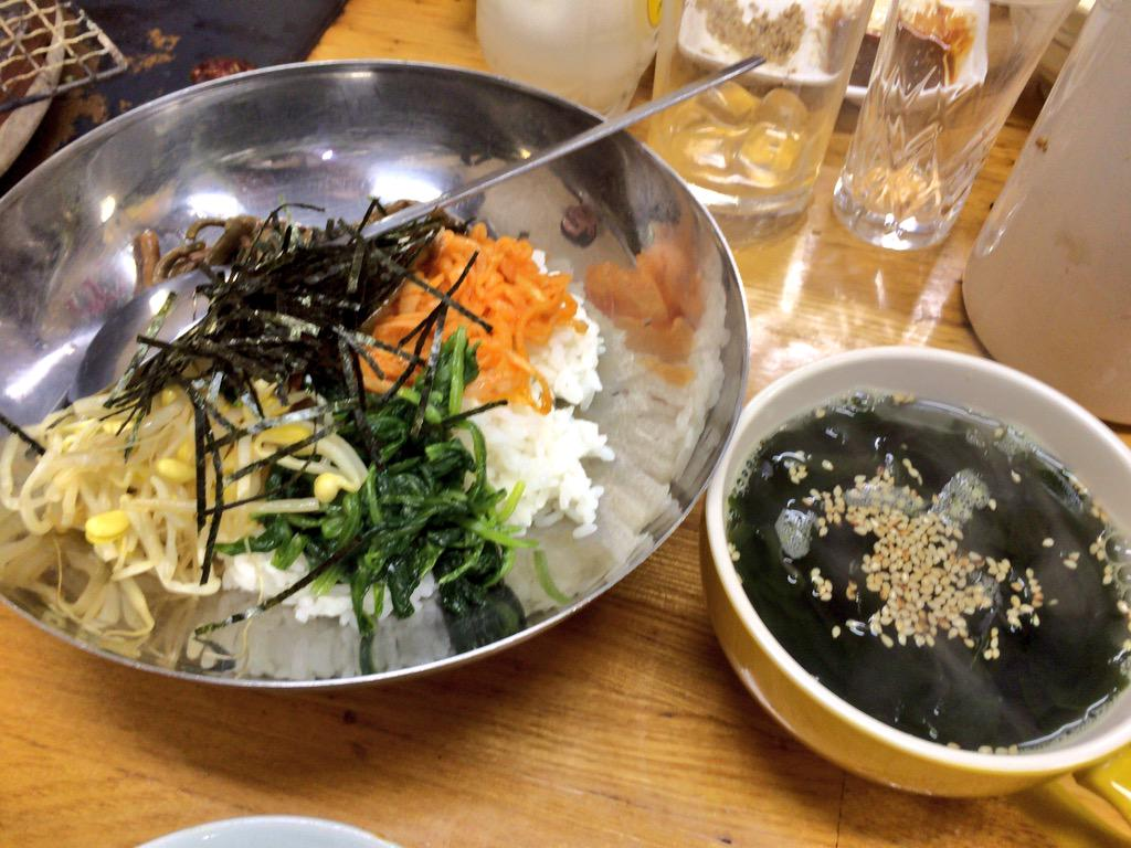 http://twitter.com/kodoku_jouhou/status/649982568624881664/photo/1
