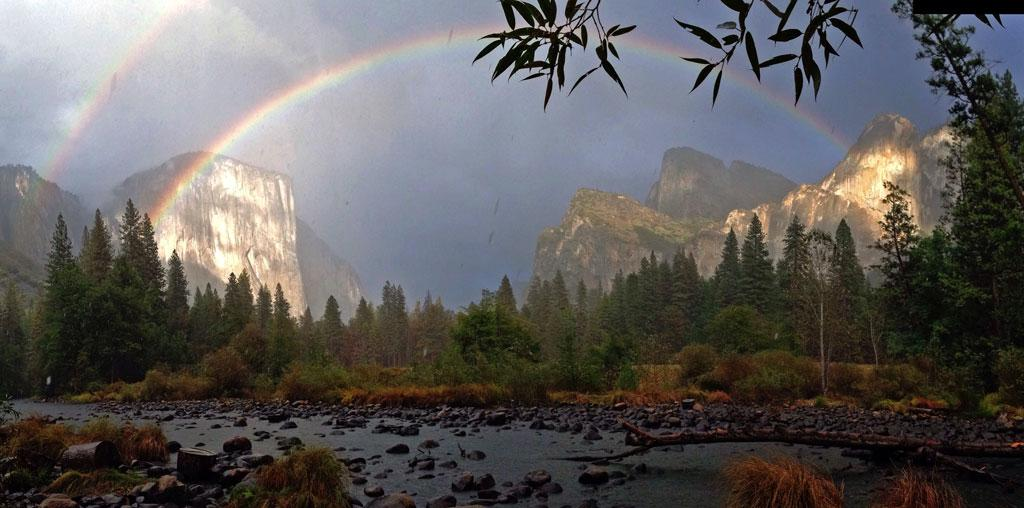 A double rainbow was a fitting conclusion to yesterday's celebration of our 125th anniversary. #yosemite125 http://t.co/mOvUEv5oqw