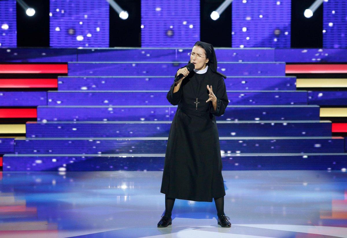 Ameeeeeén! RT @TuCaraMSuena: ¡RT si la actuación de @silviabril como Sor Cristina te ha hecho tocar el cielo! #TCMS3 http://t.co/xGcyTSQyes