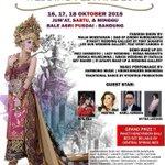 Bakal ada fashion show & demo make up di #ITWF2015_ByAluxs tgl 16-18 Okt di Bale Asri Pusdai! Info @aluxs_info http://t.co/dMaIRHH5W8