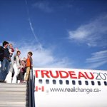 On the way to #Toronto with @JustinTrudeau and family #cdnpoli #elxn42 http://t.co/qyMlJaPsX2
