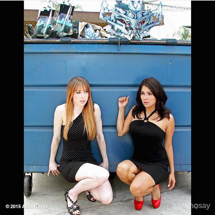 Come check out me and @LisaFoiles at @StanLeeComikaze on Nov 1st. #allthatreunion http://t.co/cbbocDx3AW
